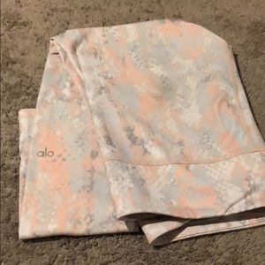 ALO leggings - gorgeous pastel pink and greys